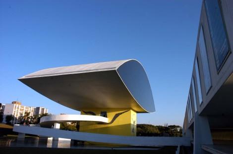 Curitiba, 05-05-2006 - Museu oscar Niemeyer Foto: JosŽ Adair Gomercindo-SECS